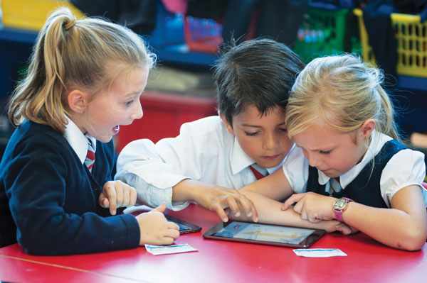 Primary pupils swipe and learn