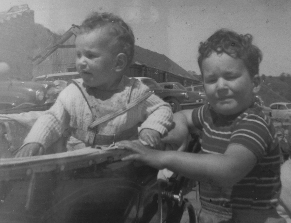 Henry with his younger sister on holiday in Filey in 1964