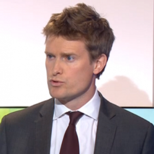 Parents have 'duty' to play with their children, says Tristram Hunt