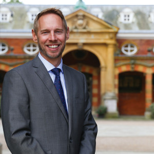 Julian Thomas, master, Wellington College