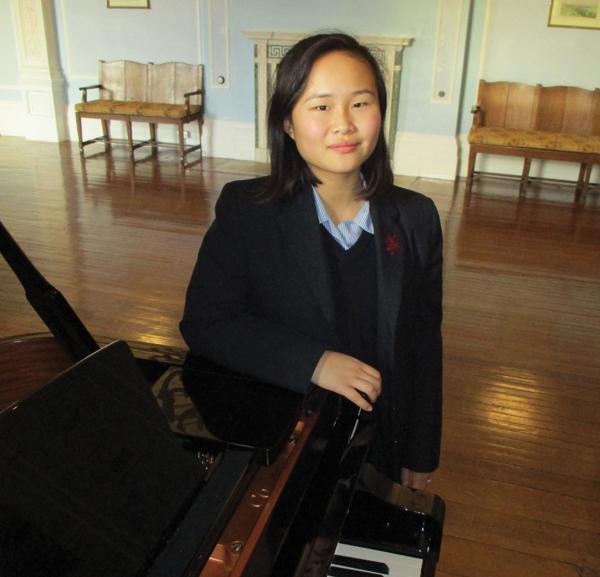 Schoolgirl to choir singer