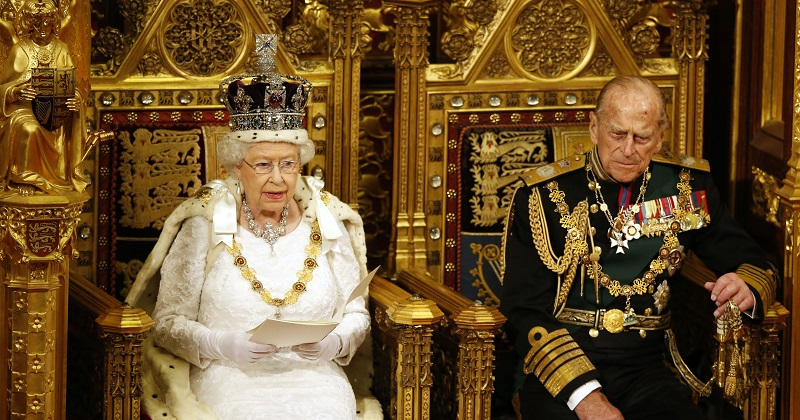 Queen's Speech: Schools will be forced to promote National Citizen Service