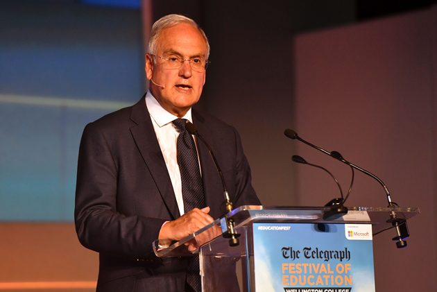 Wilshaw reveals recipe for success after inspecting 7 top academy trusts