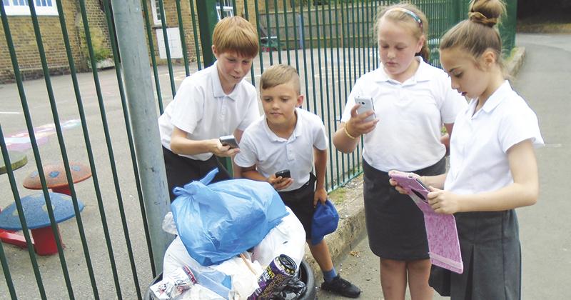 Environmental phone app helps pupils clean up school