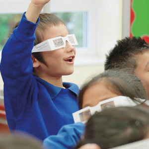 Volunteers tackle avoidable blindness with free eye-health workshops in primary schools