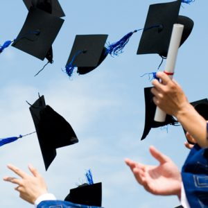 Poor teenagers more likely to drop university ambitions, study finds