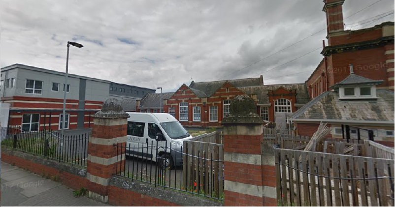 Free school threatens legal action over closure plan