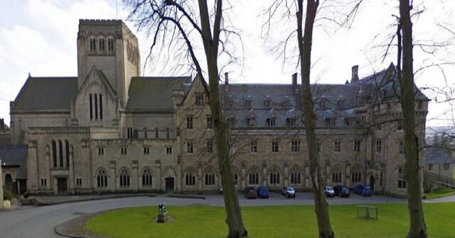 Ampleforth College ordered to stop admitting new pupils over safeguarding failures