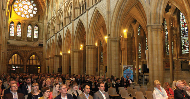 Hundreds descend on Truro Cathedral for 2018 Cornwall Teacher Awards