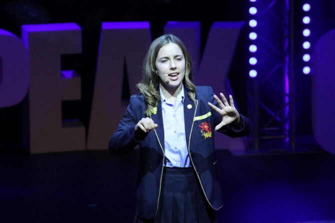Teen claims victory in speaking contest by talking about life with a stammer