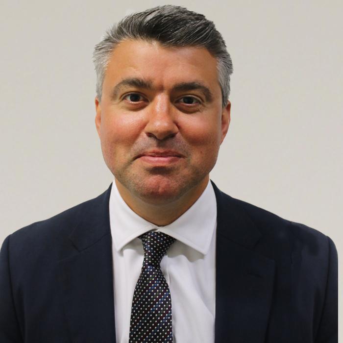 Profile: Simon Connell