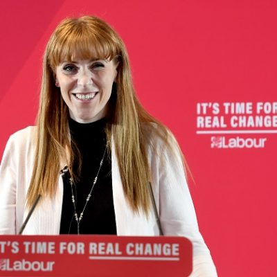 Labour would cap secondary class sizes at 30