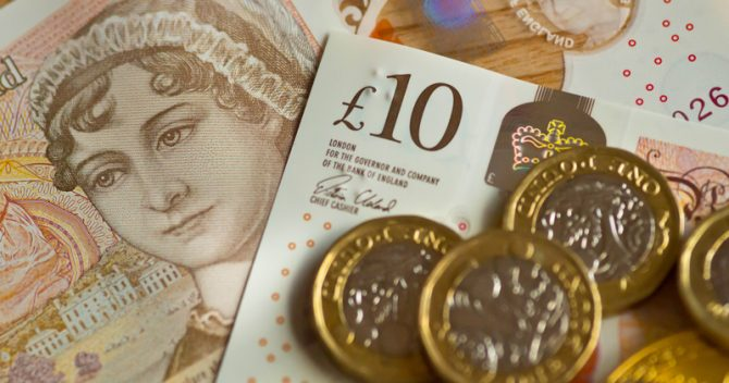 DfE and agencies' performance-related bonus spend rises to over £6m