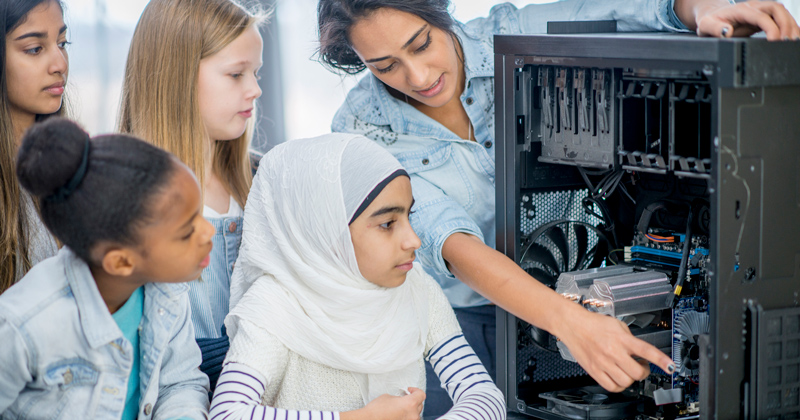 DfE told to prioritise curriculum funding to showcase women in STEM